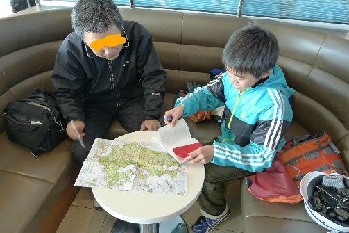 船中、自転車で九州縦断中の叔父様と意気投合