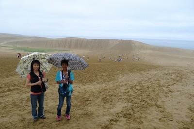 砂漠にも雨・・・