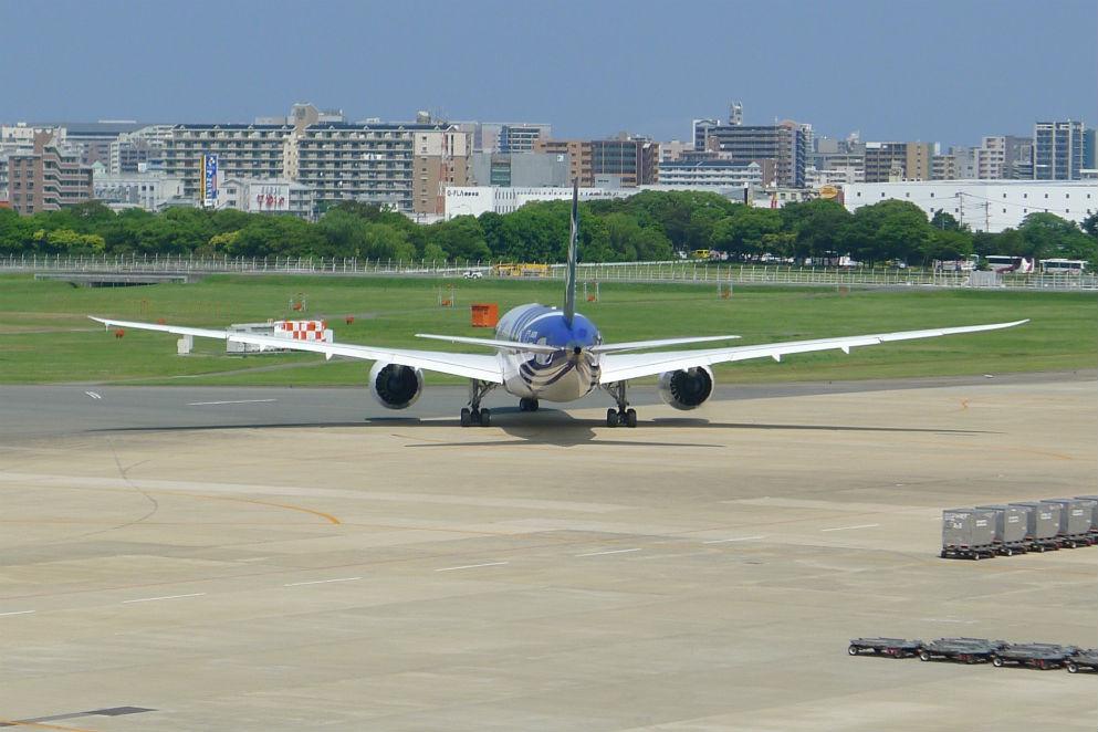 少年時代、何度来たことかこの空港・・・パイロットの夢ははかなく・・・