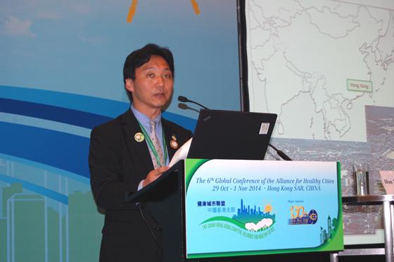 活動報告を行う尾張旭市の水野市長