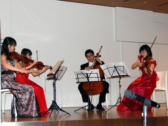 「清水唯史ストリングス」による弦楽四重奏のミニコンサート