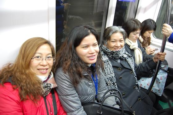 東京メトロ日比谷線での移動