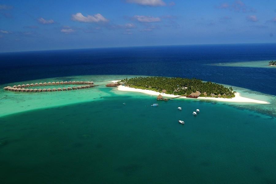 Urlaub Malediven suche Wasserbungalow all inclusive Waterbungalows mit Flug günstig bei Reiselotsen Sun Aqua Vilu Reef