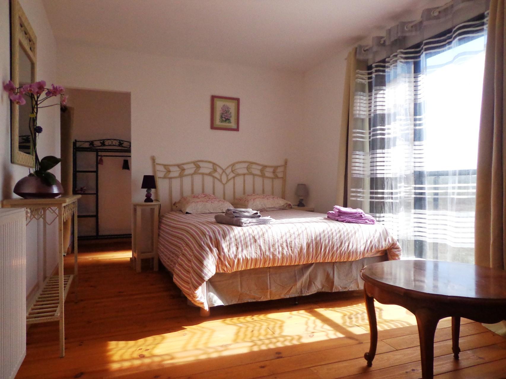 Chambre Marquise de La Grange du Coulin, maison d'hôtes à Onesse et Laharie dans les Landes, Gîtes de France Landes 3 épis