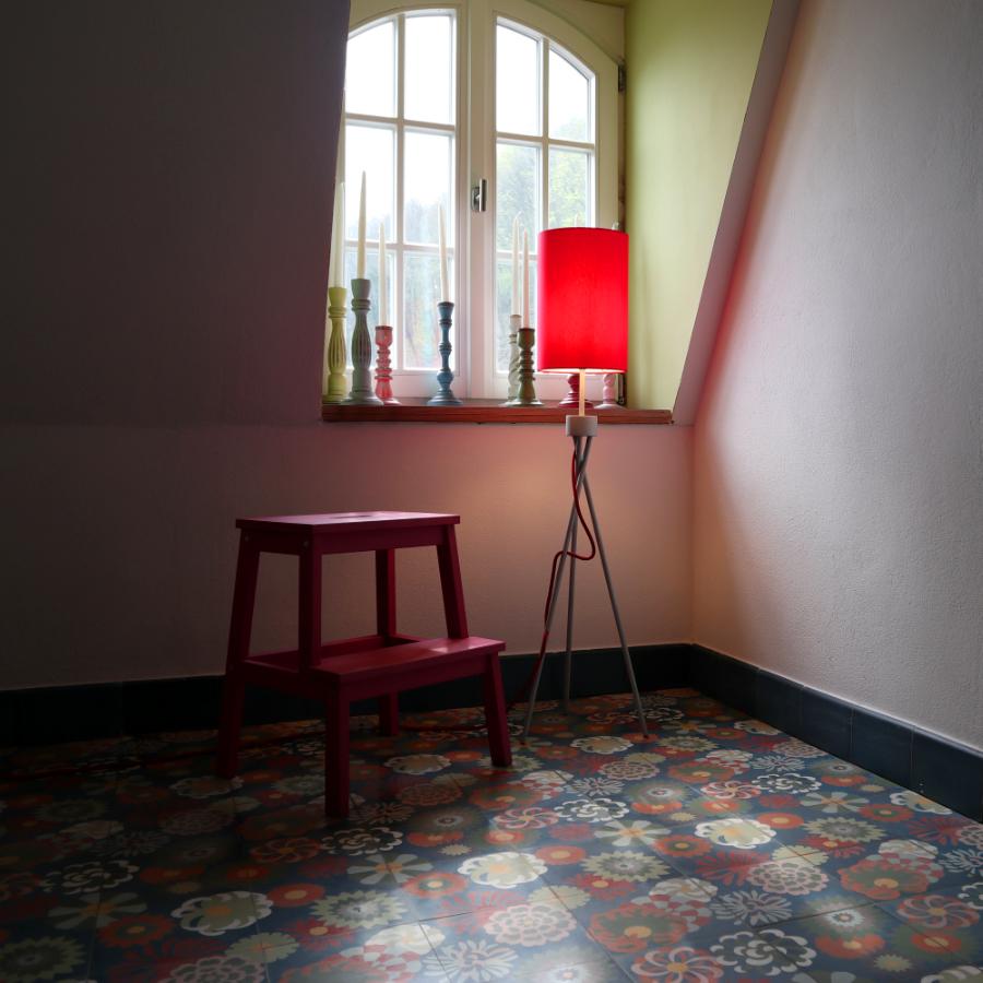 Loki XS in Rot bei VIA Platten – viaplatten.de