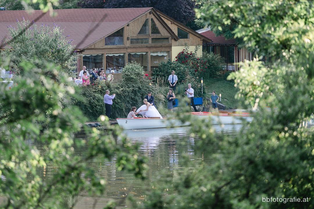 Hochzeitsfotograf, Hochzeitsfotograf Wien, Hochzeitslocation Wien, Hochzeit Alte Donau, Hochzeitslocation La Creperie, Hochzeit am See, Hochzeit in Wien, b&b fotografie