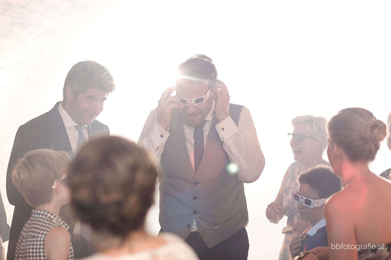 Hochzeitsfotograf, Hochzeitsfotograf Niederösterreich, Hochzeitslocation Niederösterreich, Hochzeitsfeier, Hochzeitslocation Zieselrot in Schwechat, Hochzeit Kellergewölbe, b&b fotografie