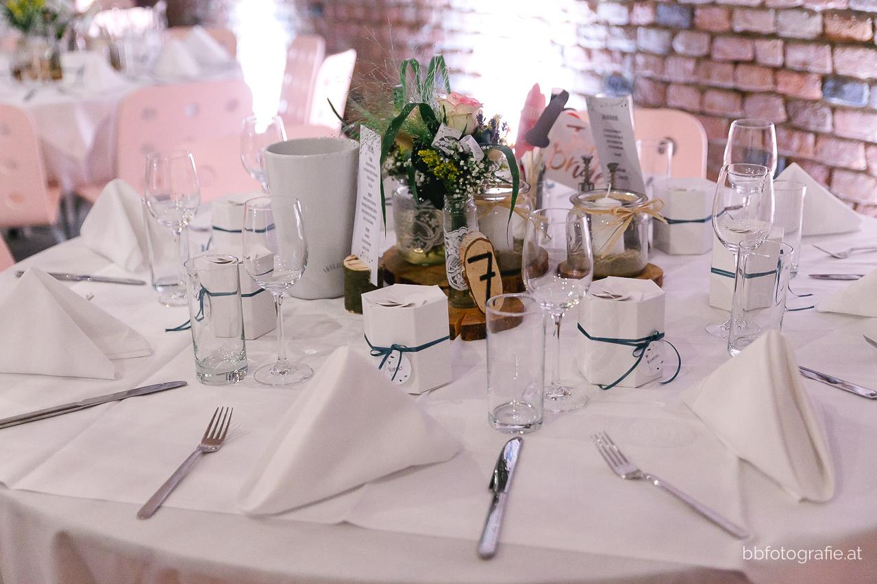 Hochzeitsfotograf, Hochzeitsfotograf Niederösterreich, Hochzeitslocation Niederösterreich, Locationsdetails, Deko, Hochzeitslocation Zieselrot in Schwechat, Hochzeit Kellergewölbe, b&b fotografie