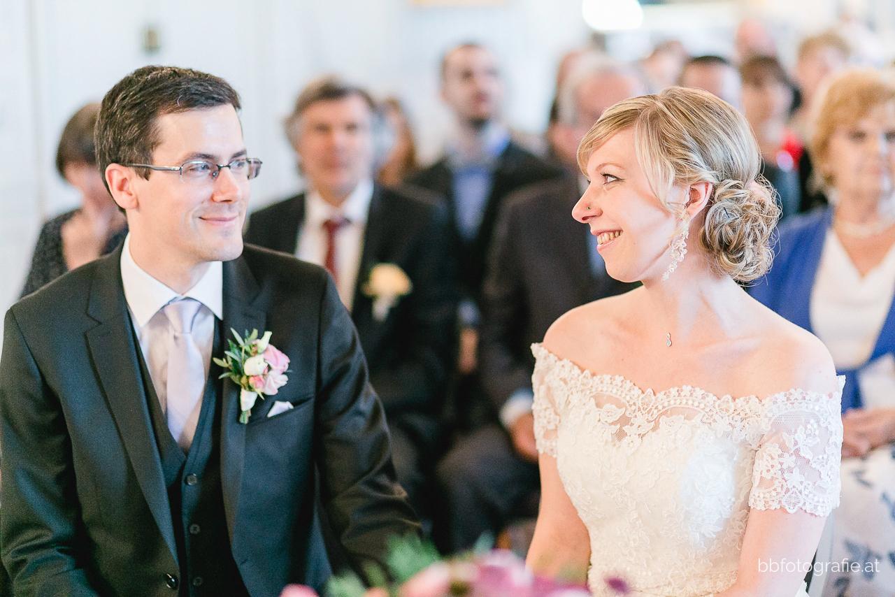 Hochzeitsfotograf, Hochzeitsfotograf Burgenland, Hochzeit Schloss Esterhazy, Hochzeit Orangerie Schloss Esterhazy, Brautpaar, Trauung, Hochzeitslocation Burgenland, b&b fotografie