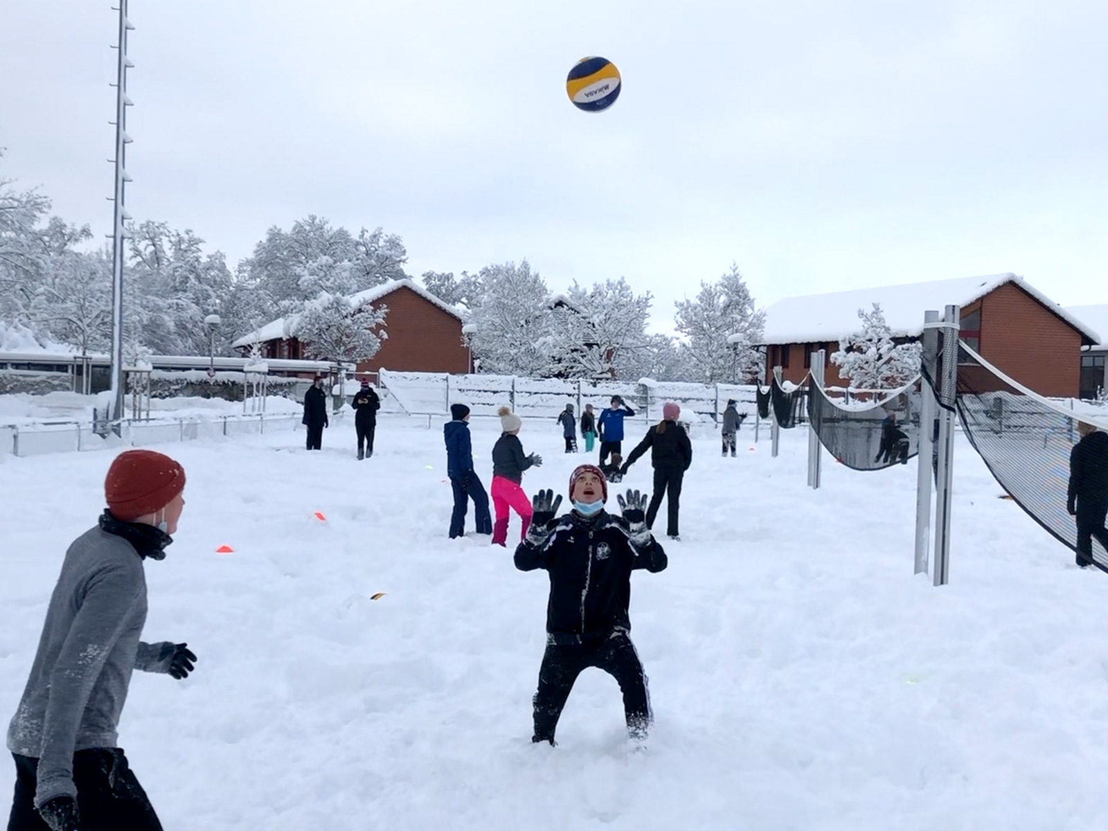 Snow-Volley im Trend!