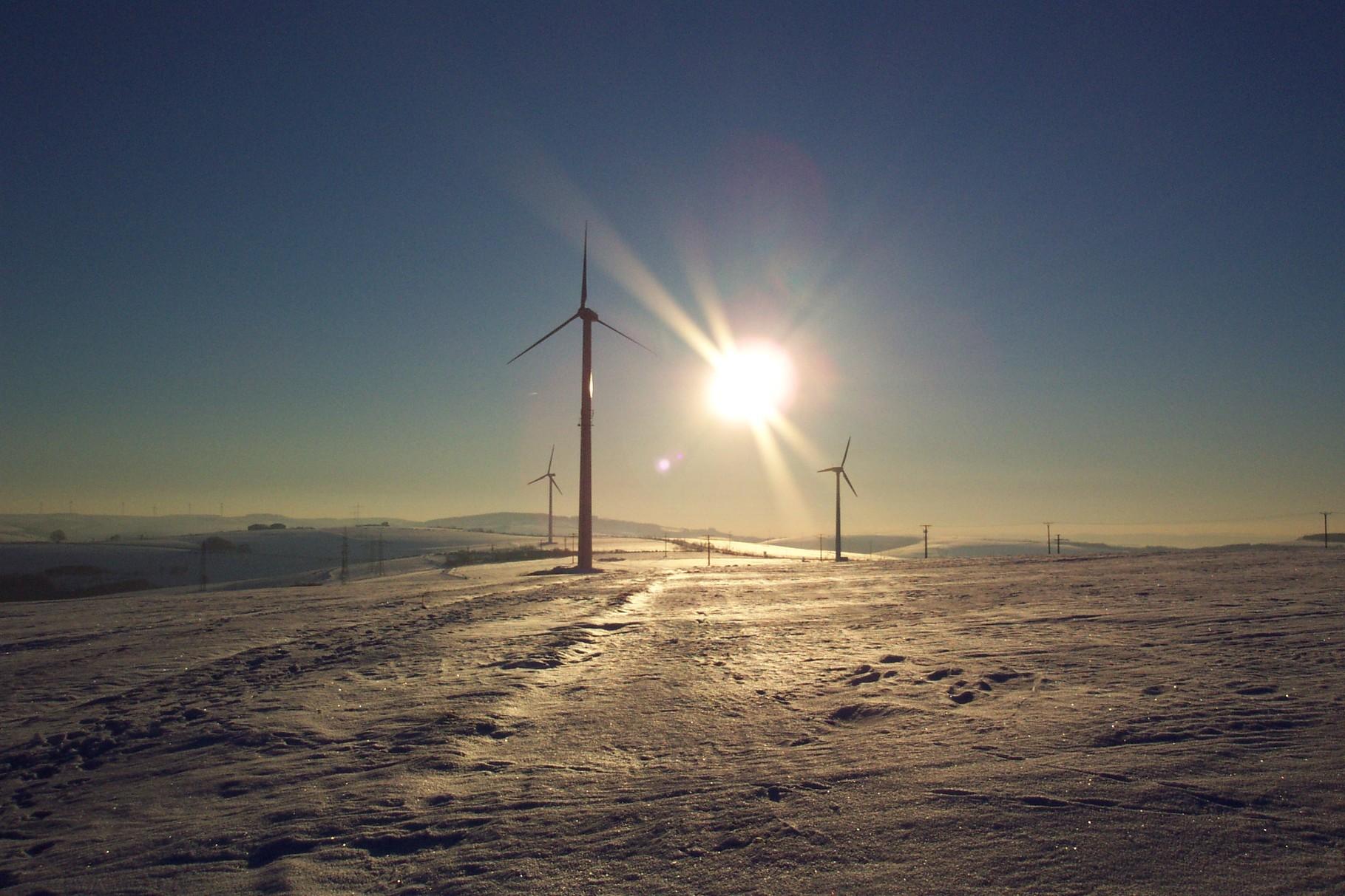 Die Windräder auf der Korlinger Höhe