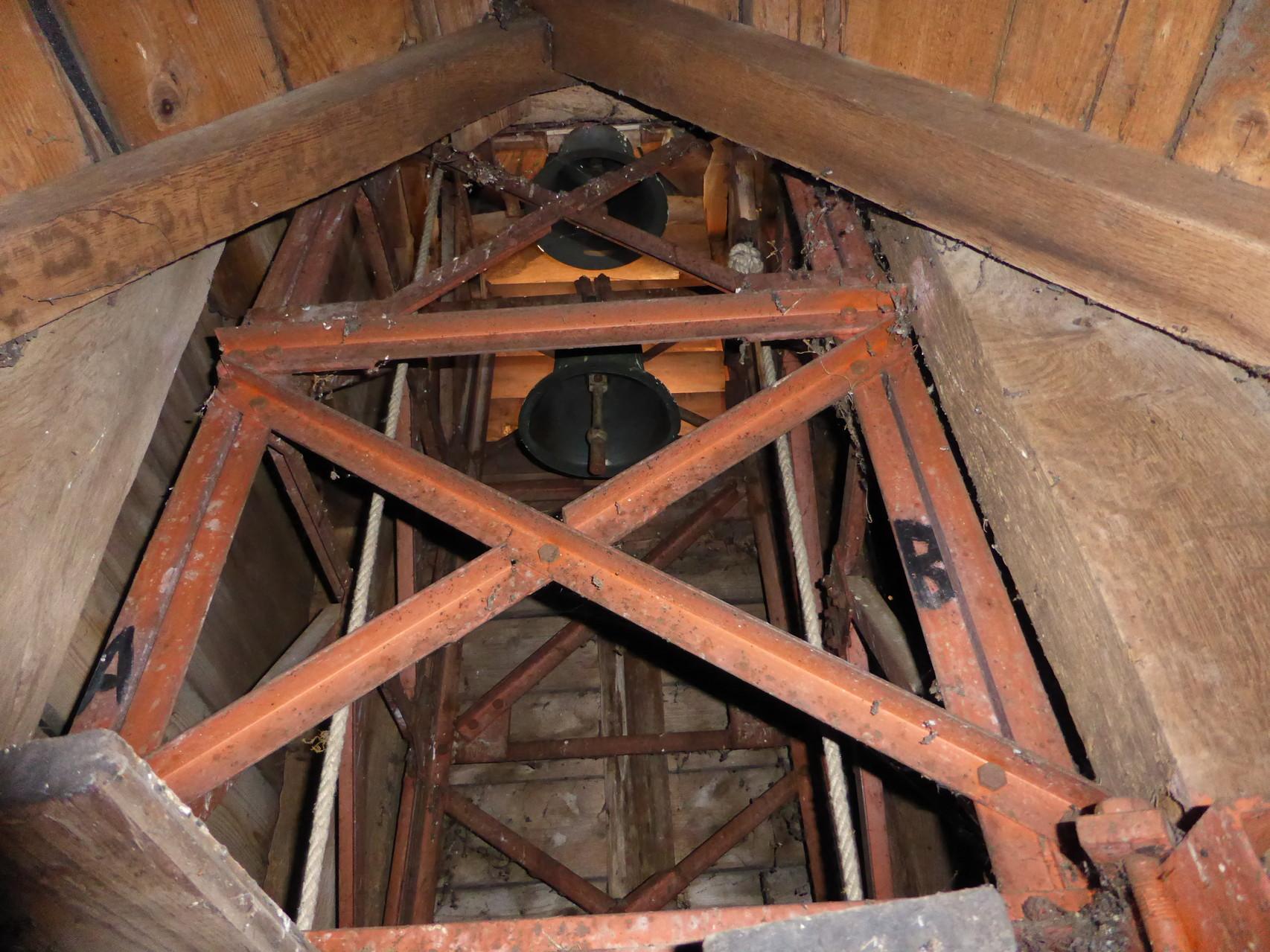 Die zwei Glocken im Glockenturm von 1687