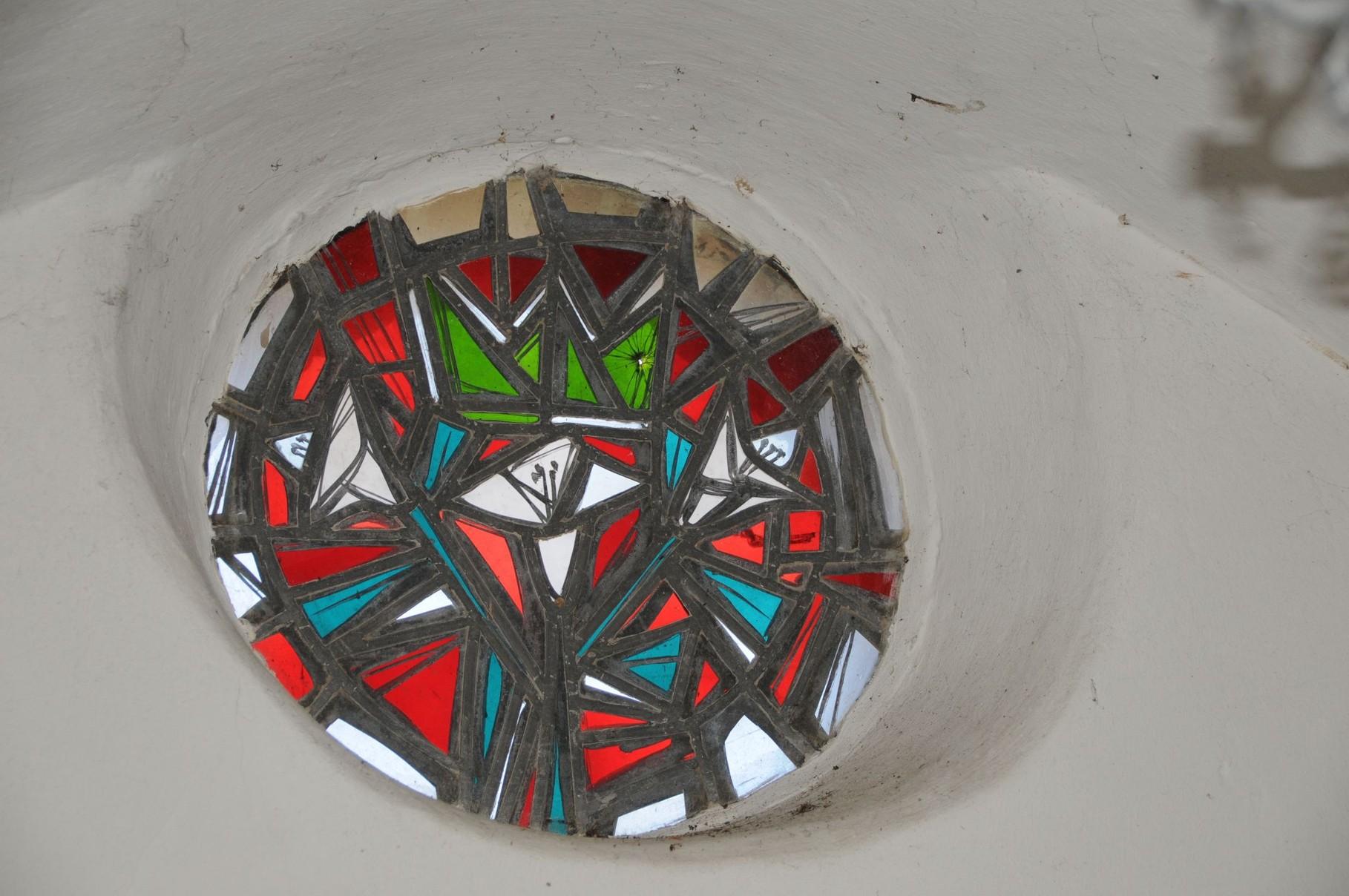 Bleiverglasung in der kleinen Kapelle