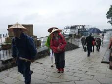 竹生島に上陸です
