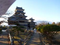 松本城へ入城