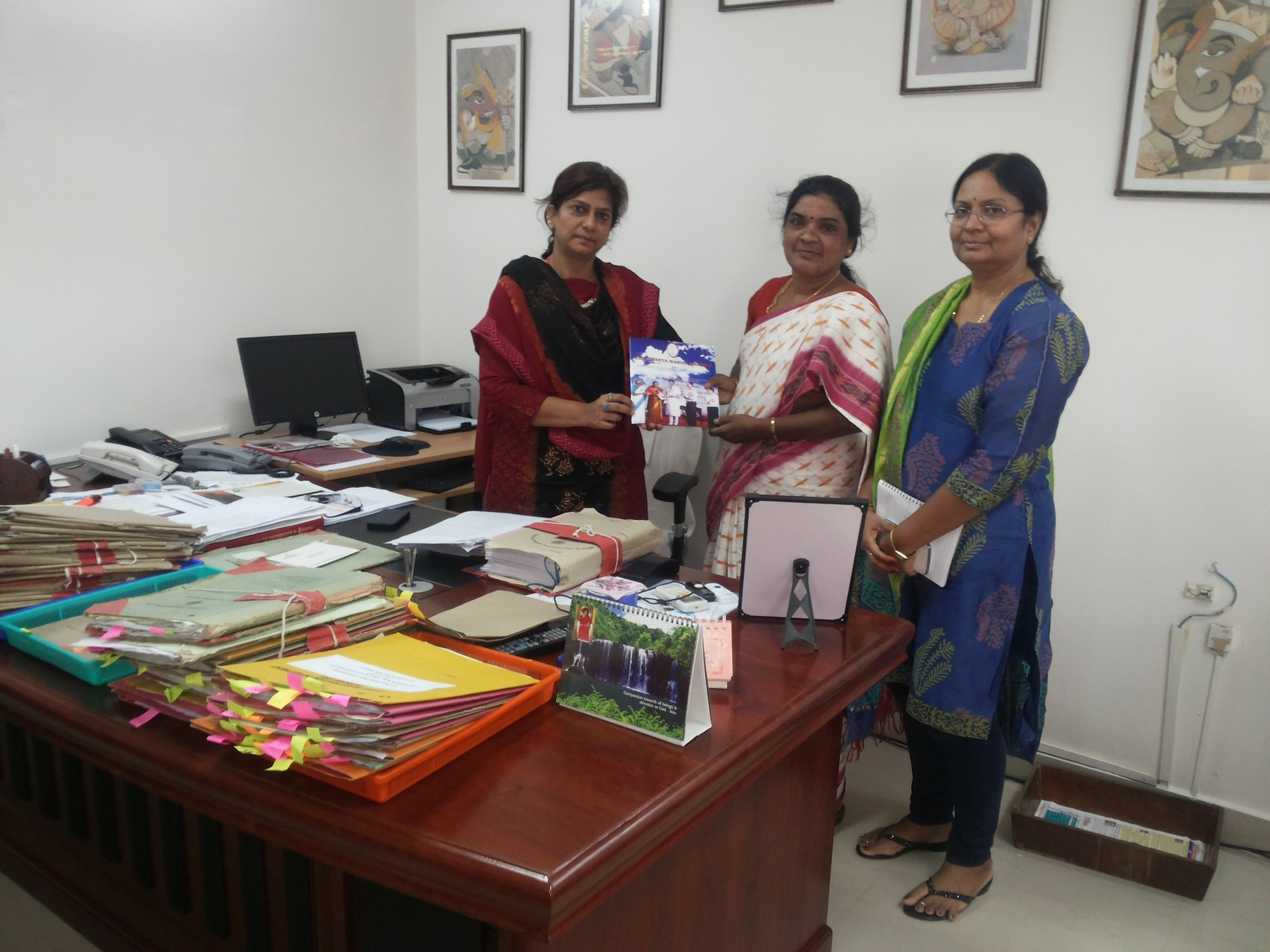 Ms.Jayamma, President with Ms.Charu Sinha,IPS,Director Inspector General,CID,Govt.of Telangana at her Office after an Advocacy Meet.