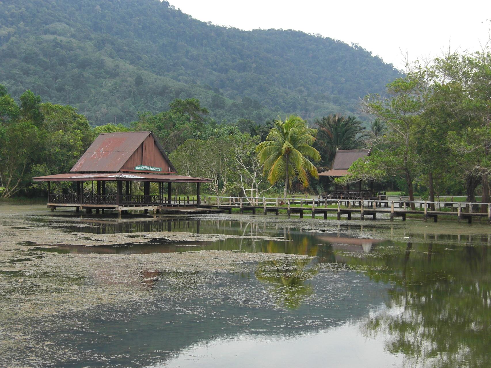 Ein weiterer See unterhalb der Bergkette wo auch in Hütten übernachtet werden kann
