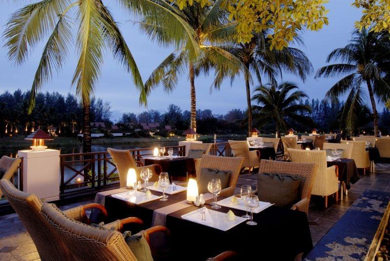 Phuket bietet Hotels in allen Preisklassen, ob einfach oder luxuriös, es hat für jedermann das passende Angebot