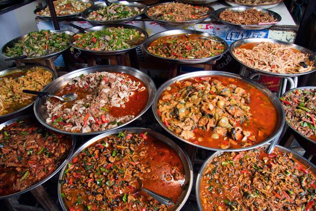 Die kulinarische Vielfalt lässt keine Wünsche offen, es gibt Leckereien aus der ganzen Welt