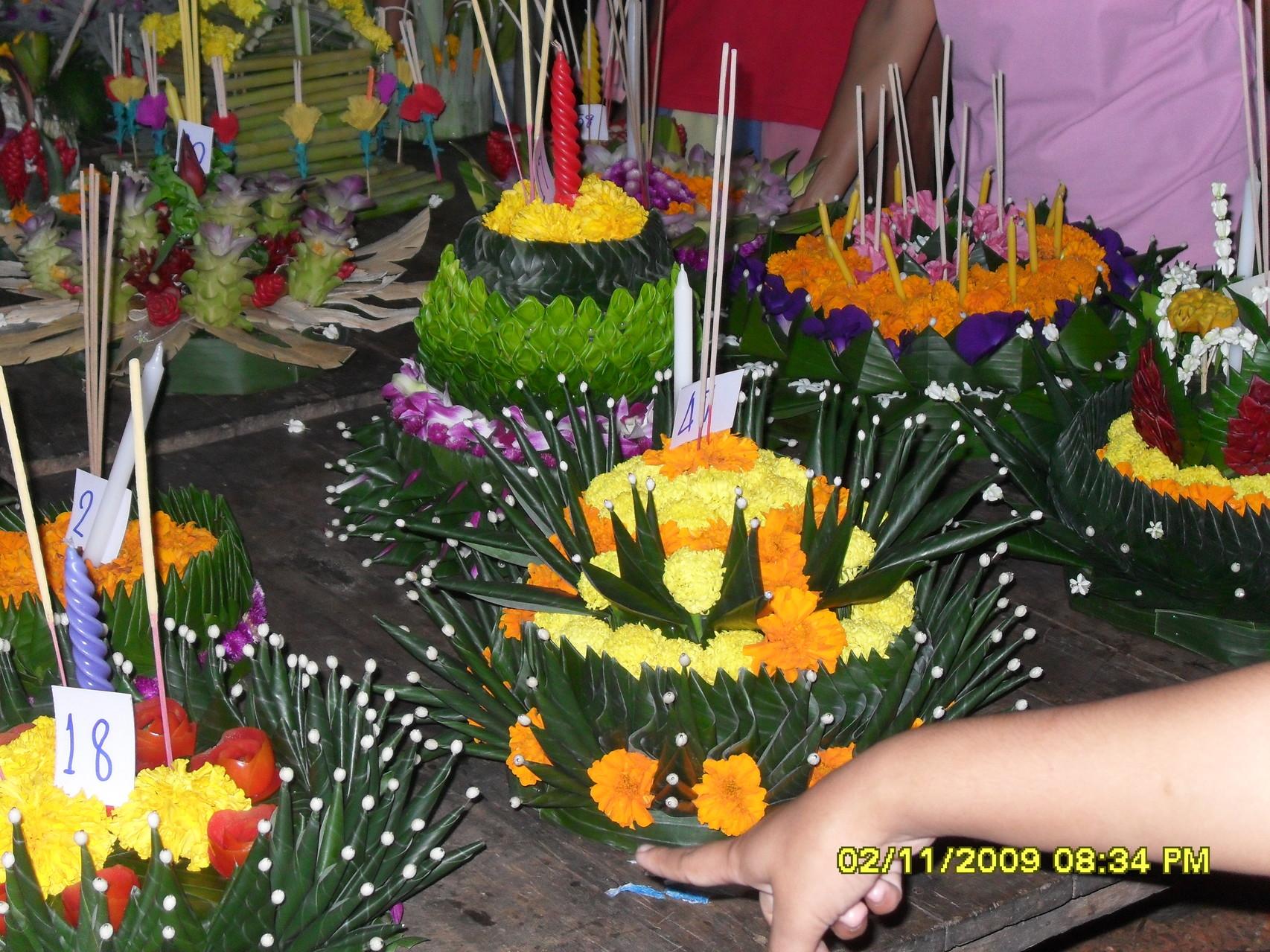 Selber gemachte Glücksbringer zum Loi Kratong Festival