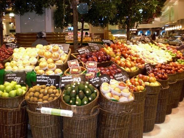 Das Warenangebot in den Einkaufszentren ist vielfältig und man findet auch viele europäische Leckereien