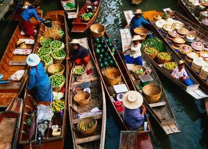 Zum Abschluss nochmals zurück in die gute alte Zeit zum Floating Market