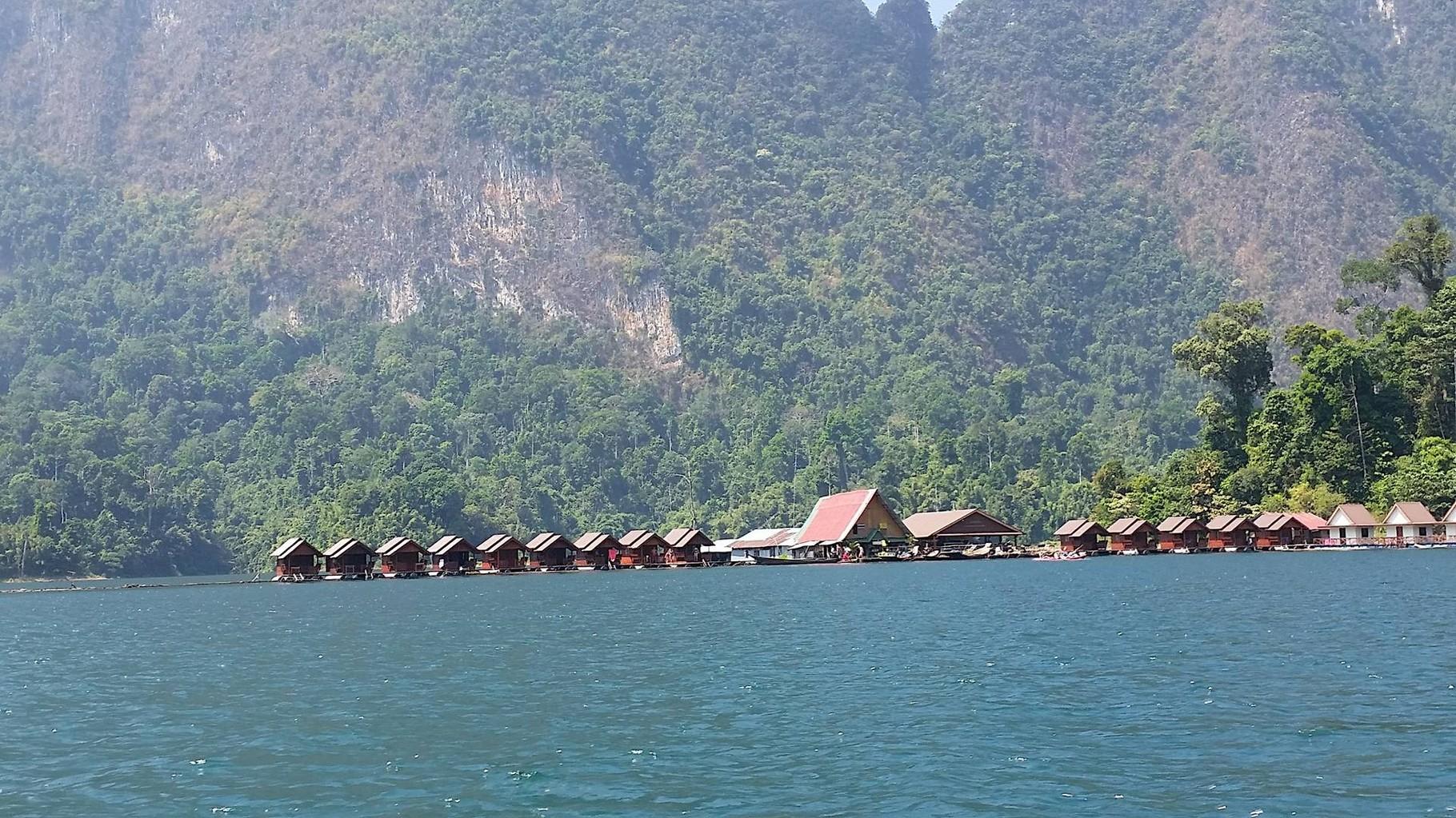 Der Cheow Lan See im Kao Sok Nationalpark