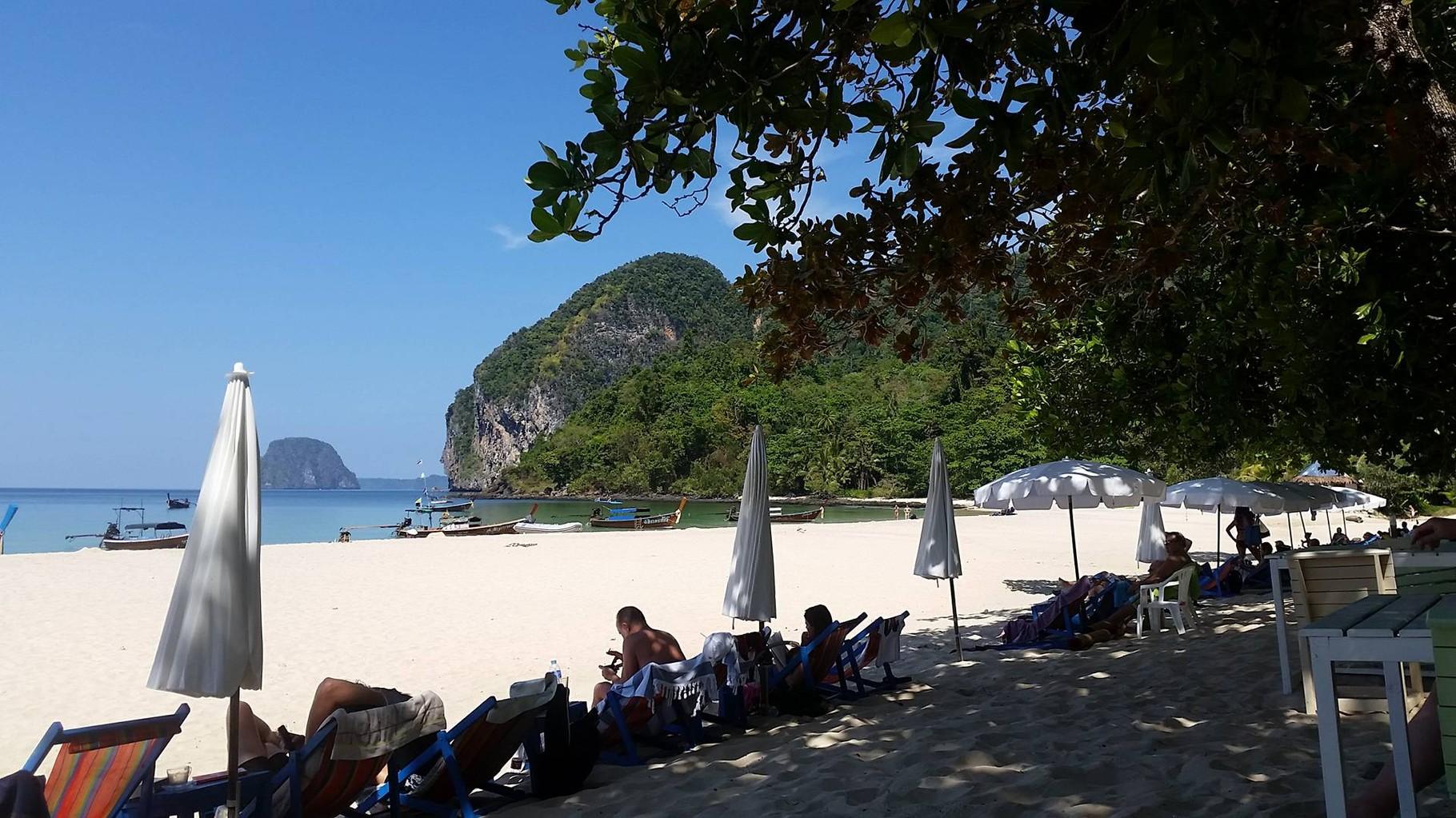 Die Charly Beach auf Koh Mook