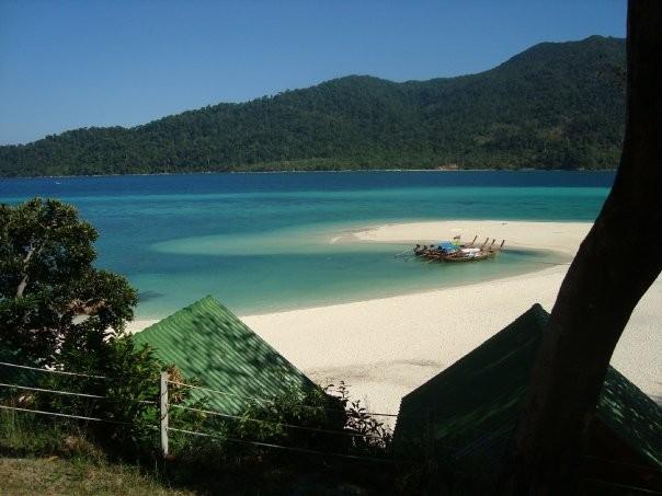 Blick aufs Meer von einem Resort auf Koh Lipe