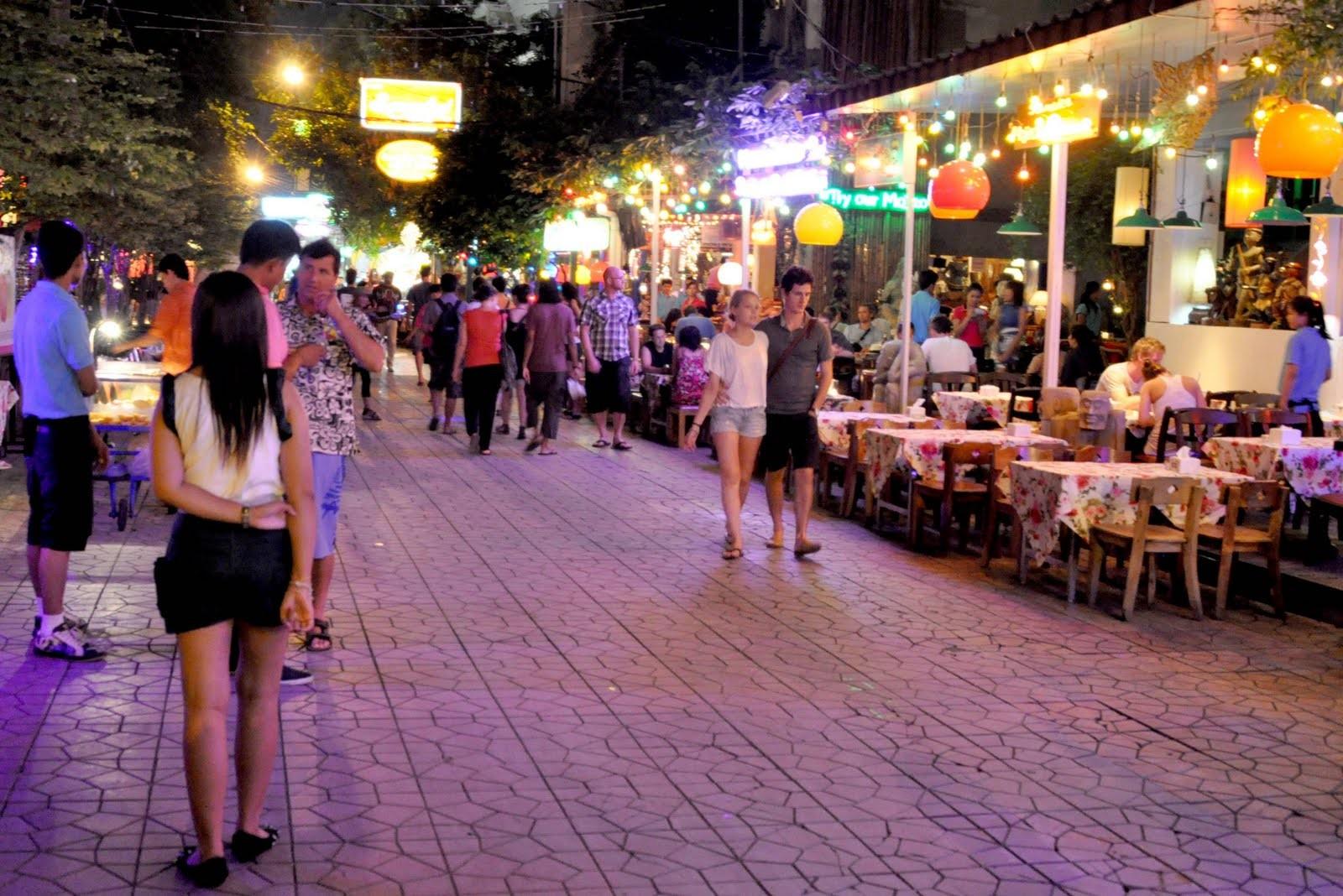 Die Kao San Gegend, weltberühmt vorallem unter den Backpäckern, hat ihren ganz eigenen Charme
