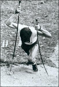 Foto: Kämpferischer Einsatz im Zieleinlauf 1974 (Foto Kandt)