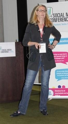 Christiane Brandes-Visbeck spricht auf der Social Media Conference in Hamburg 2014