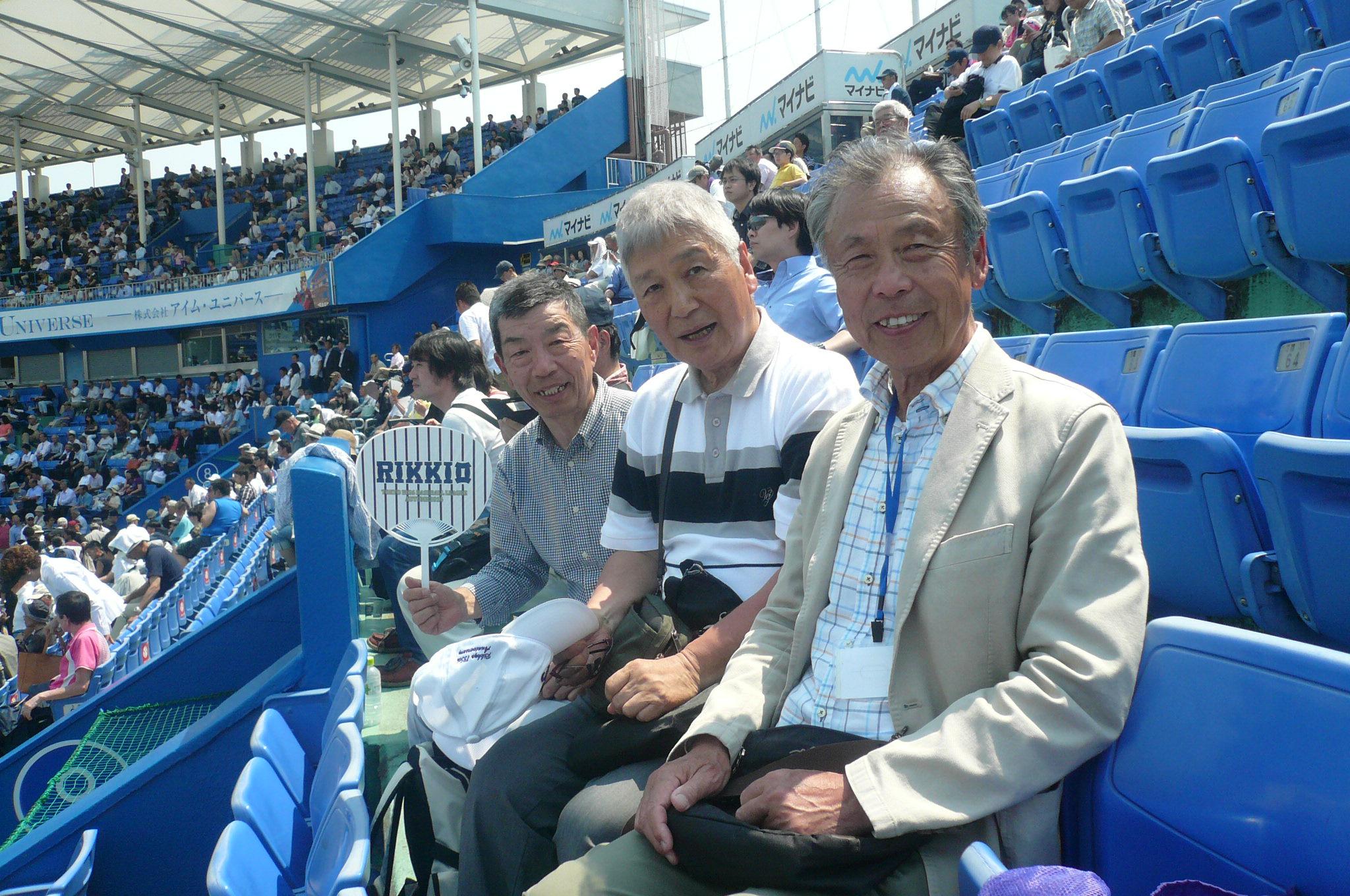 左から高雄、今井、鶴岡湘南メンバー