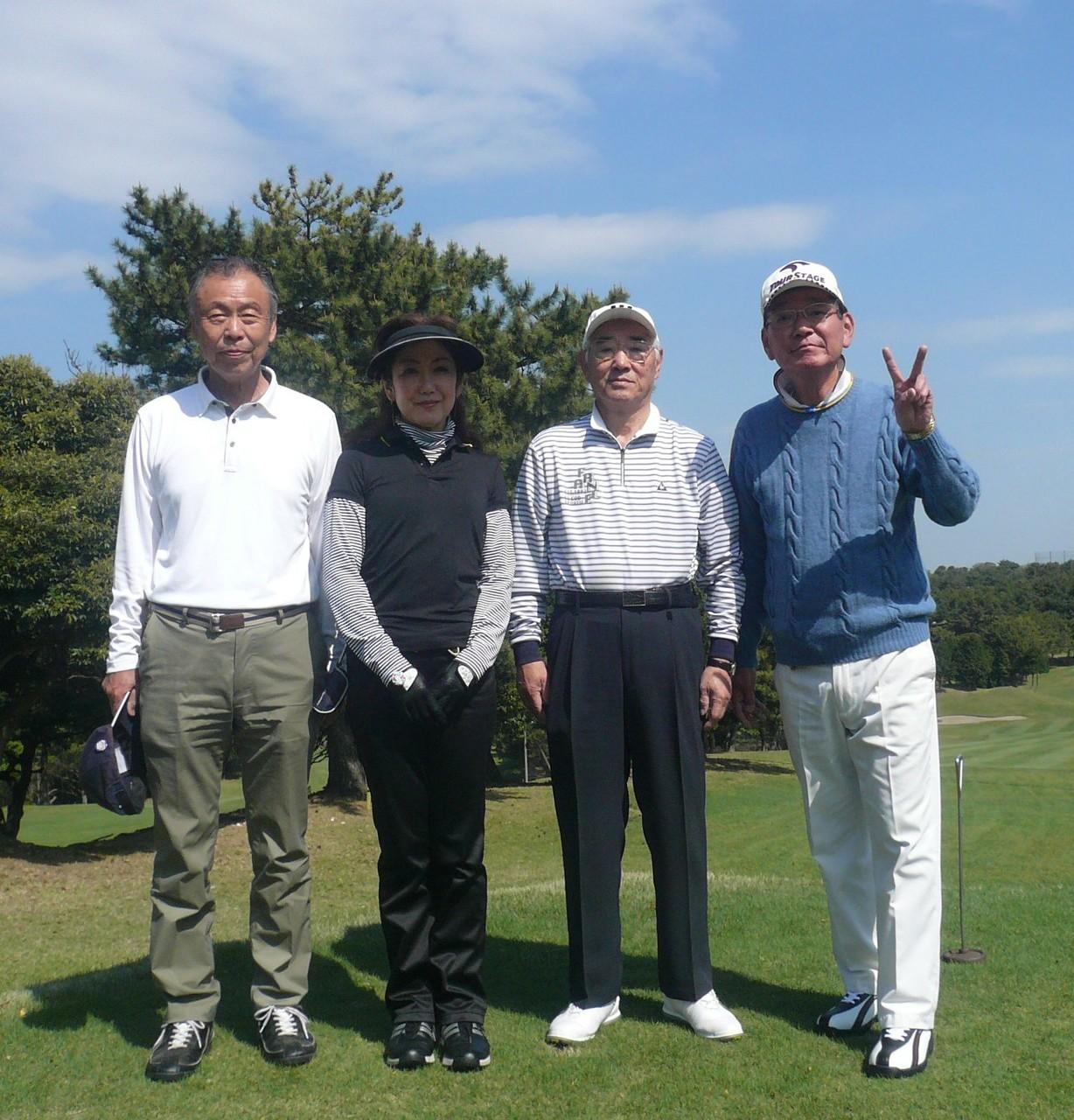 2組左から鶴岡、富田、則田、大島