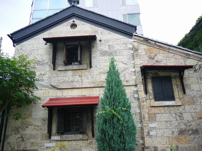 明治時代の質屋のあとで東日本大震災も凌いだとの事