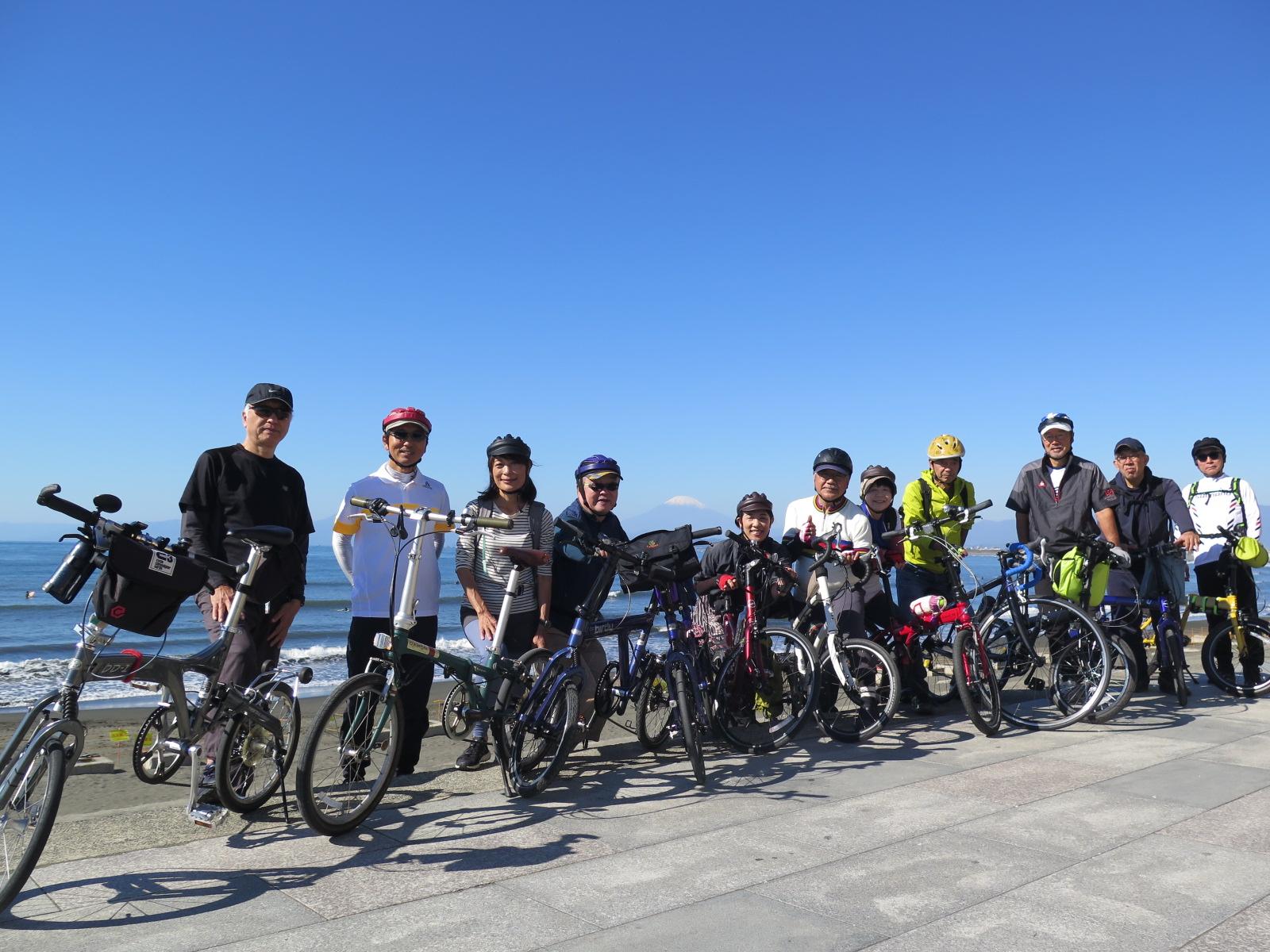 富士山🗻背にして新江の島水族館から出発!