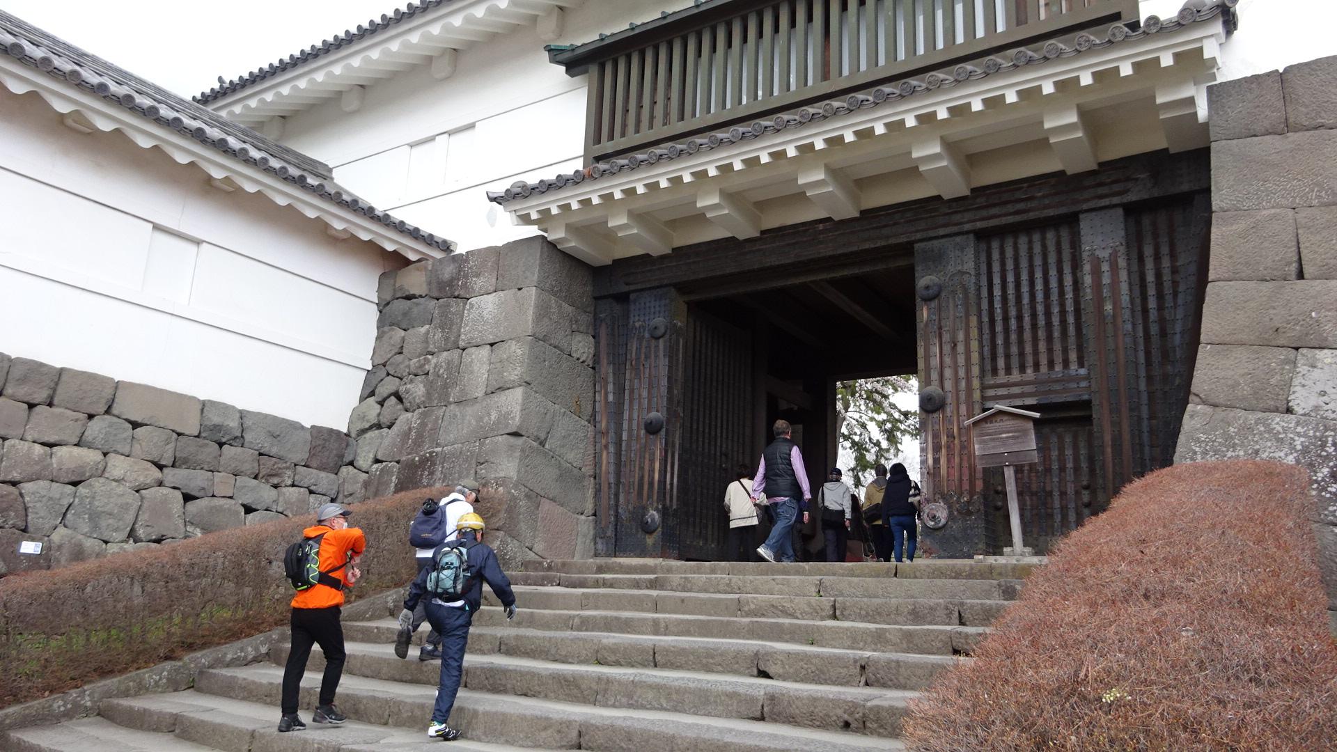 小田原城へ登城、いざ!