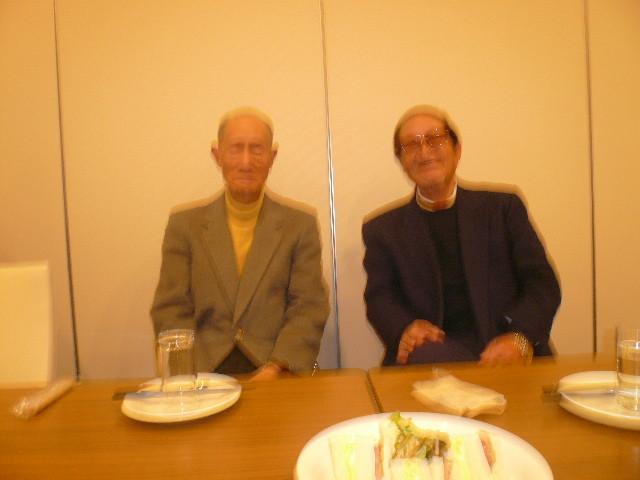 小林秀行先輩は(左)S31卒。エイジュシューターも期待。