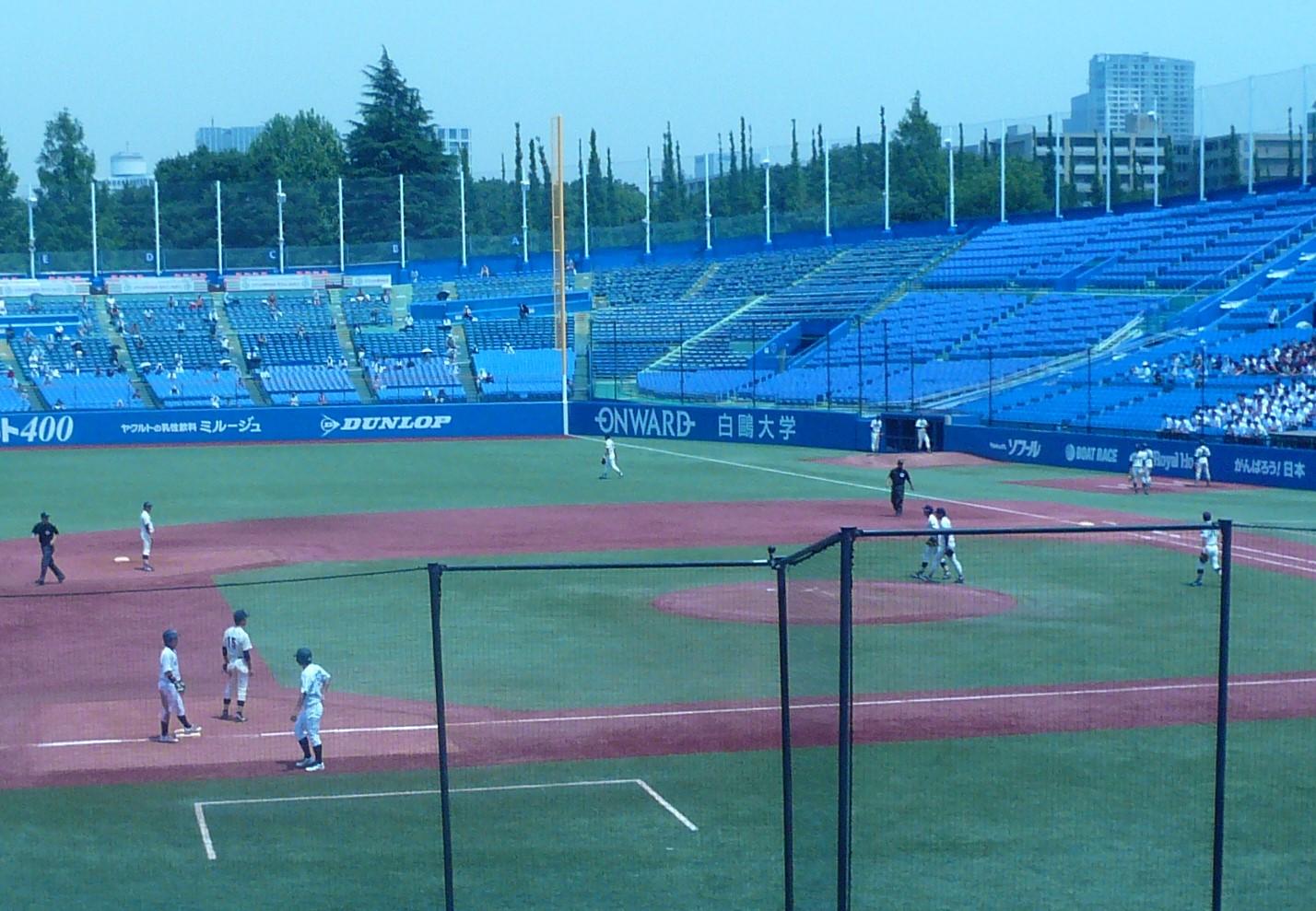 チャンス2塁打の飯迫送られ3塁、このあと田村のタイムリーで同点