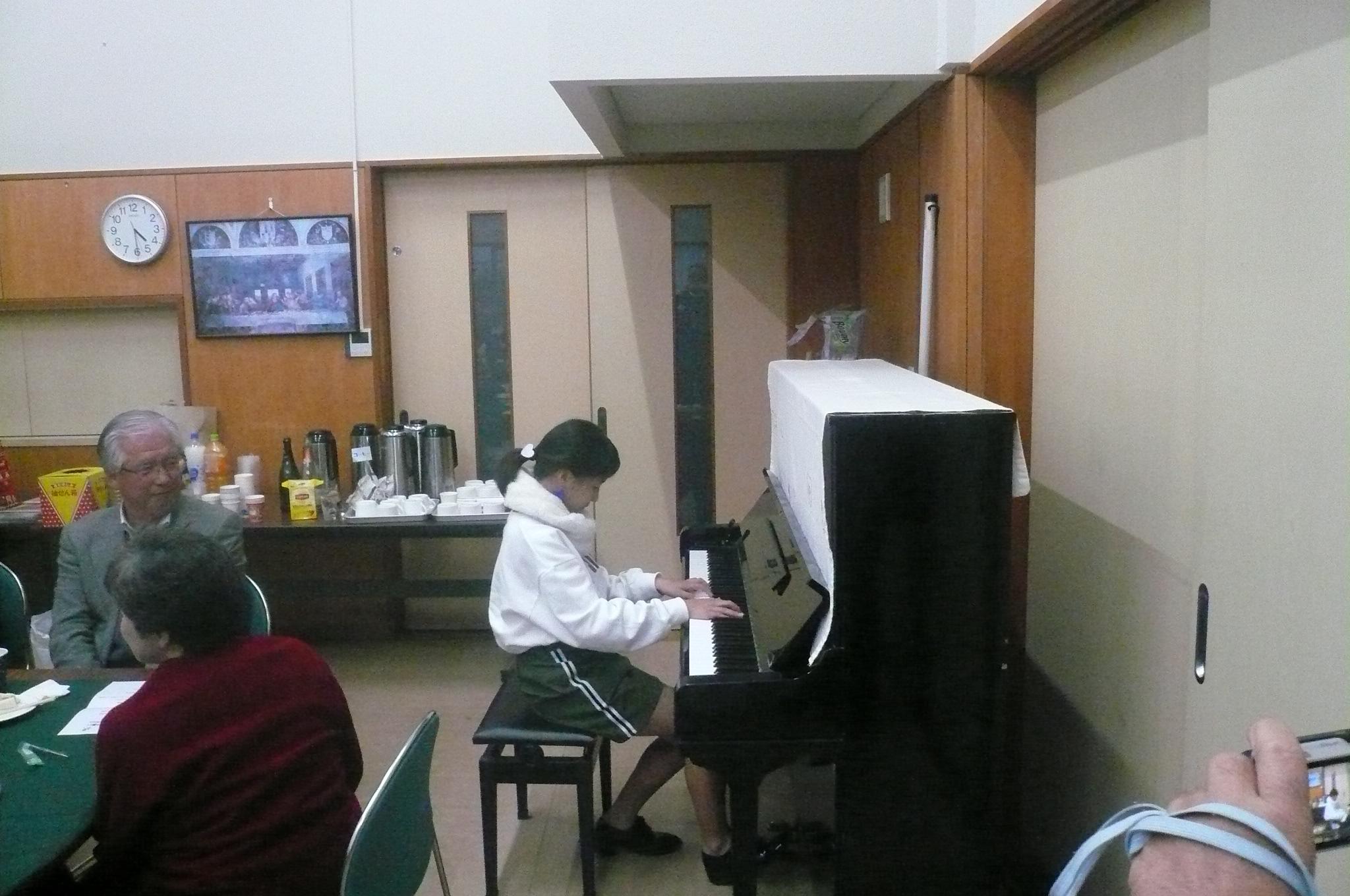 もう一人のお孫さんはピアノ