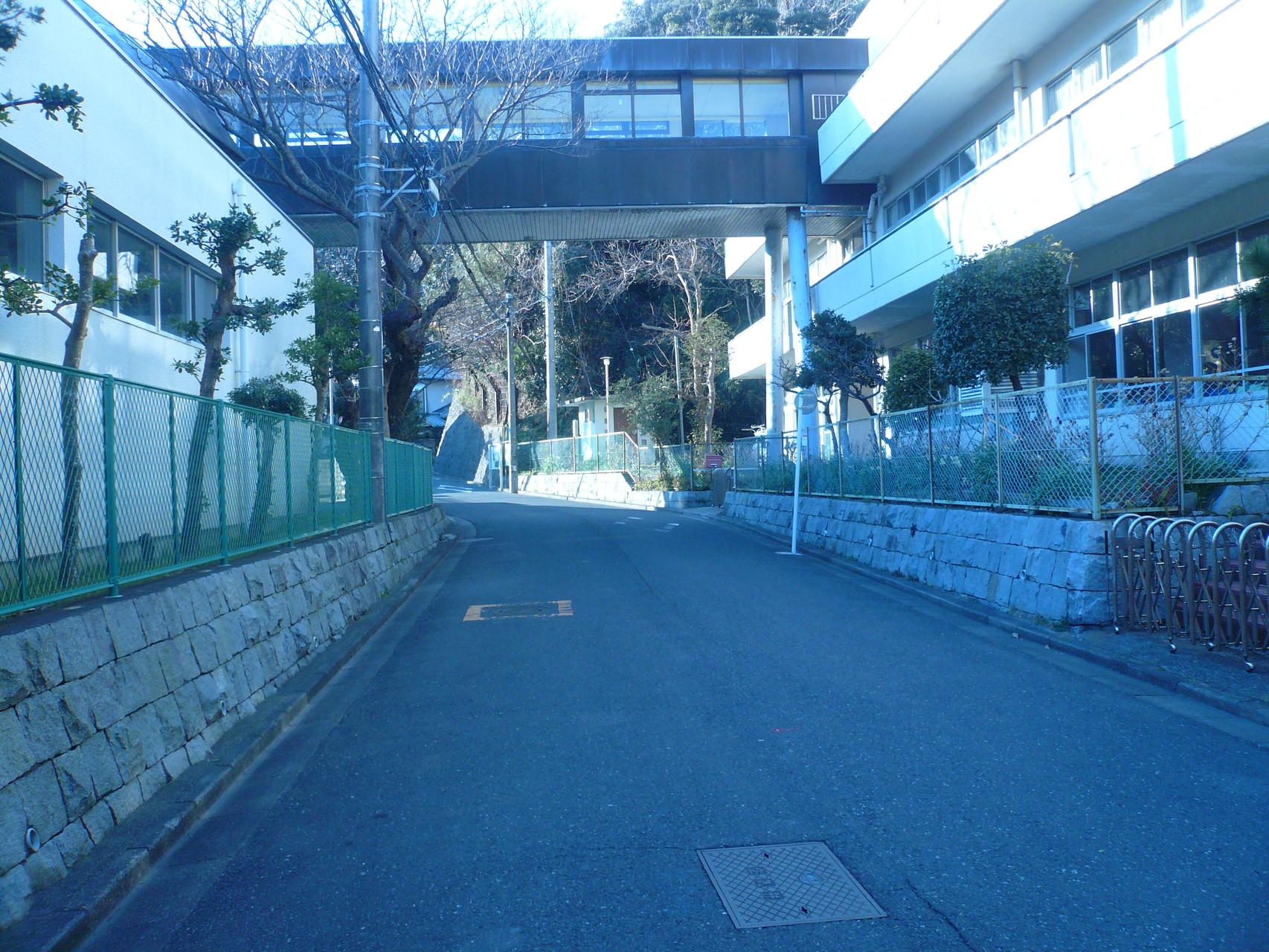 極楽寺小学校