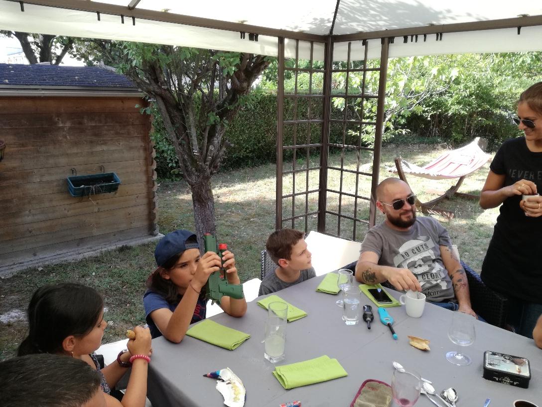 Cali, Liam, Clément, Anthony et Jessica