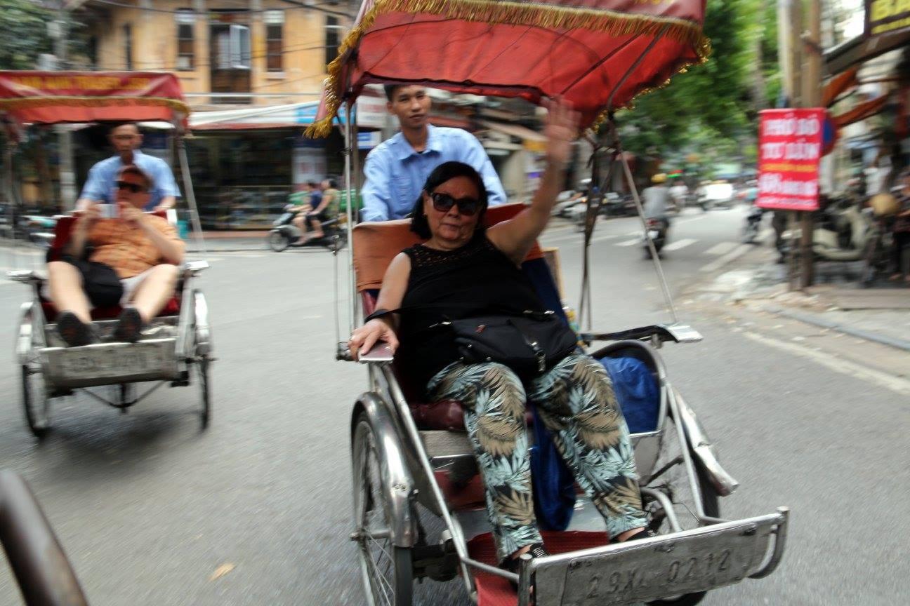 Promenade dans la vieille ville en cyclo-pousse