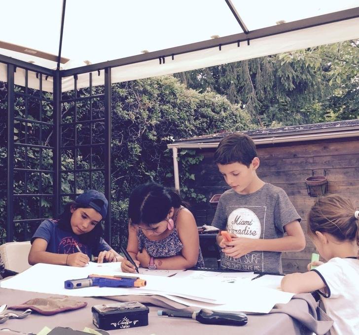 Christiane, Liam, Cali, Clément, et Julie