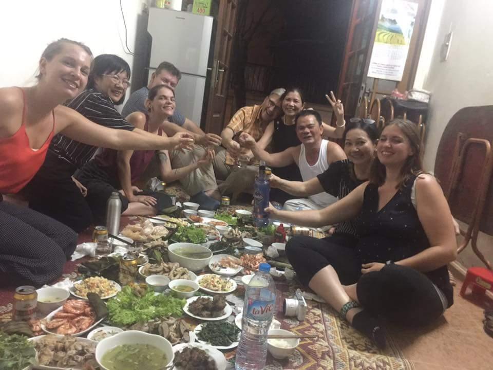 Extraordinaire dîner familial chez Hà