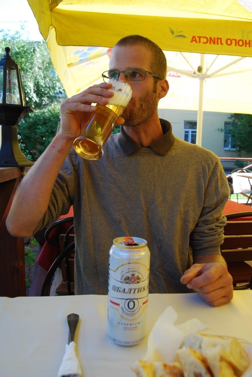 Die Hölle friert zu - David trinkt alkoholfreies Bier