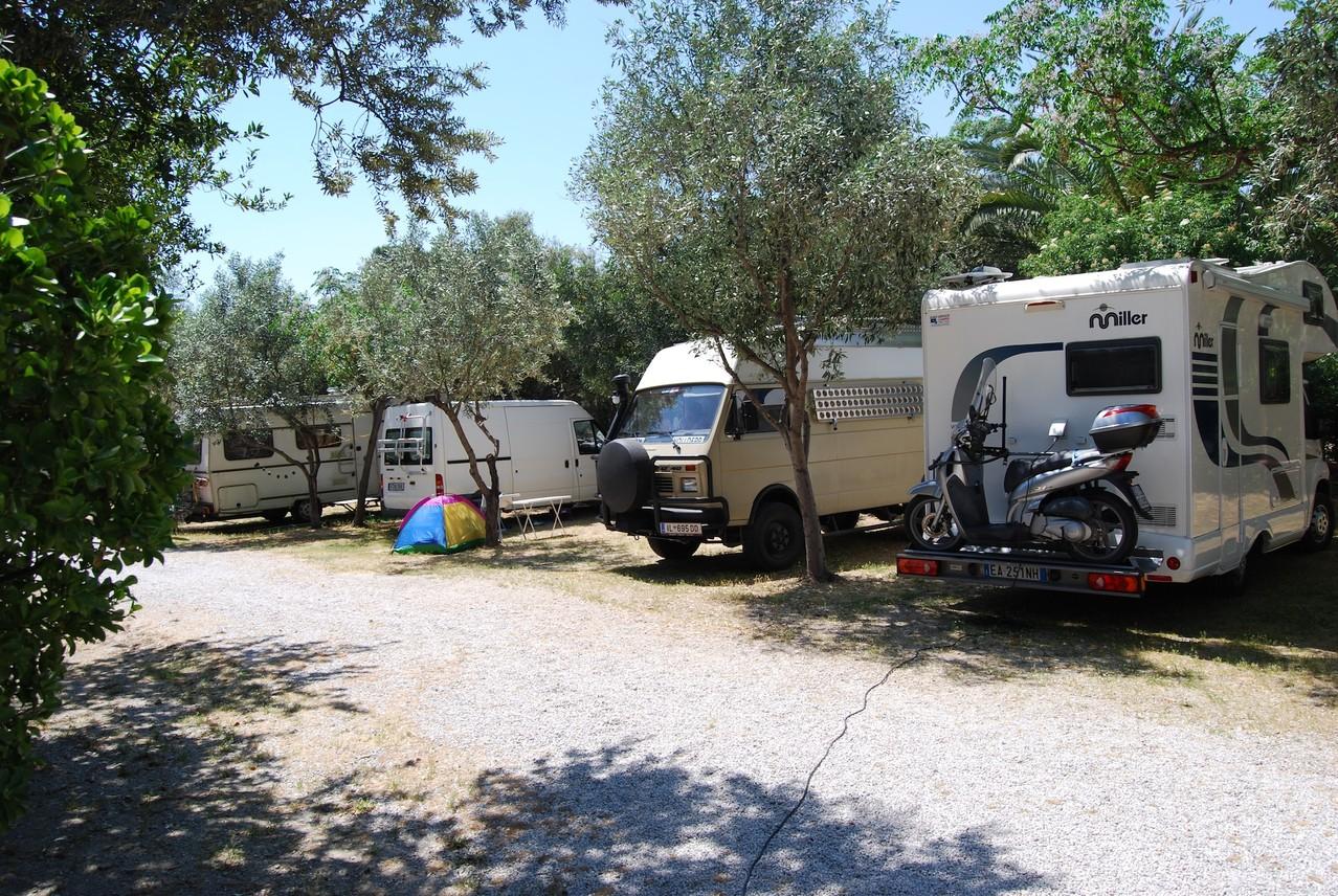 Unser Stellplatz in Camping Athens