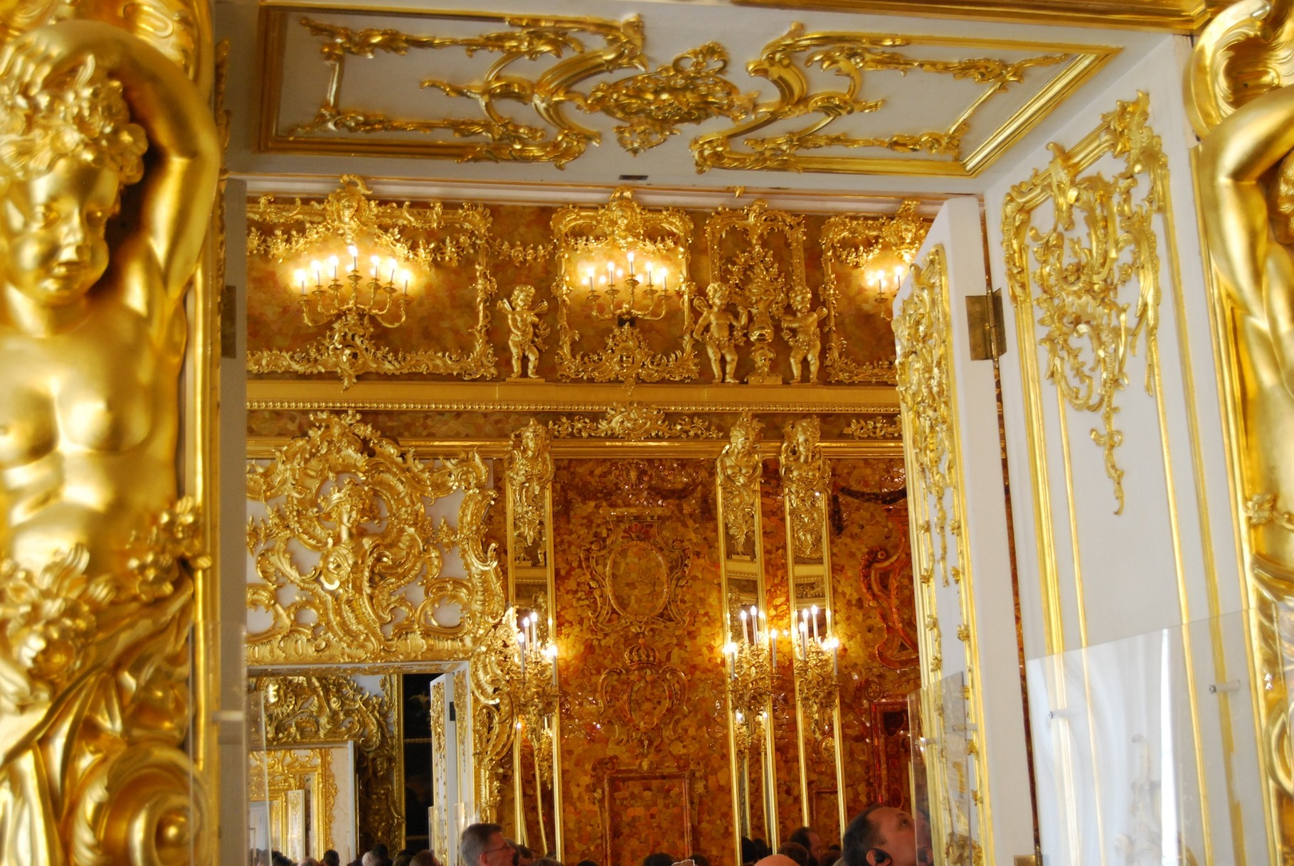 Bernsteinzimmer im Ekaterinenpalast in Pushkin