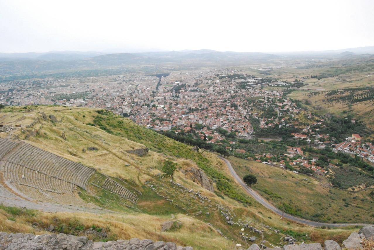 Blick von Pergamon and Bergamo