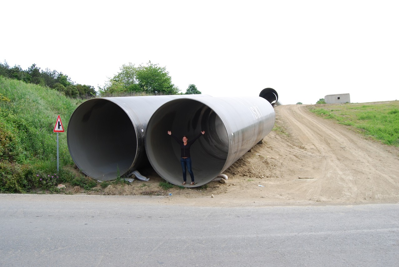 Wir wissen zwar nicht wofür sie sind, aber diese Rohre sind riesig!